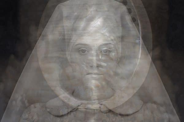 micky hoogendijk photography the nun